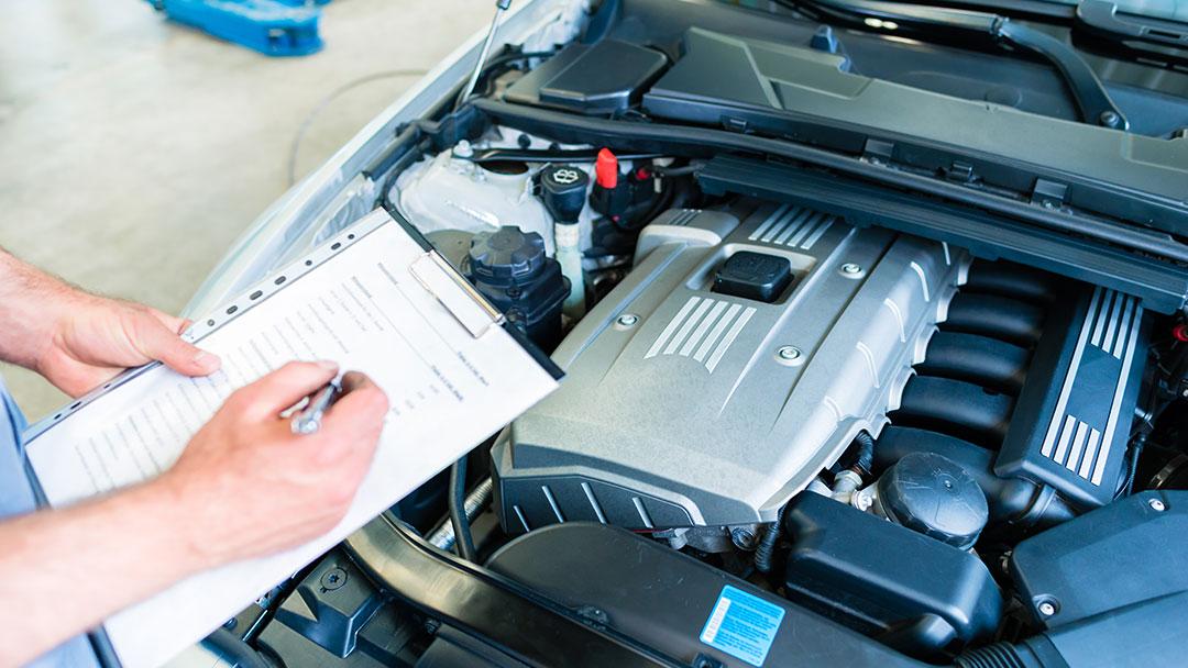 Nachbesichtigung. Tipp. Wenn die gegnerische Versicherung das Fahrzeug nachbesichtigen will. Pruefingenieur. – INGENIEURBÜRO GELBE + KOLLEGEN GbR
