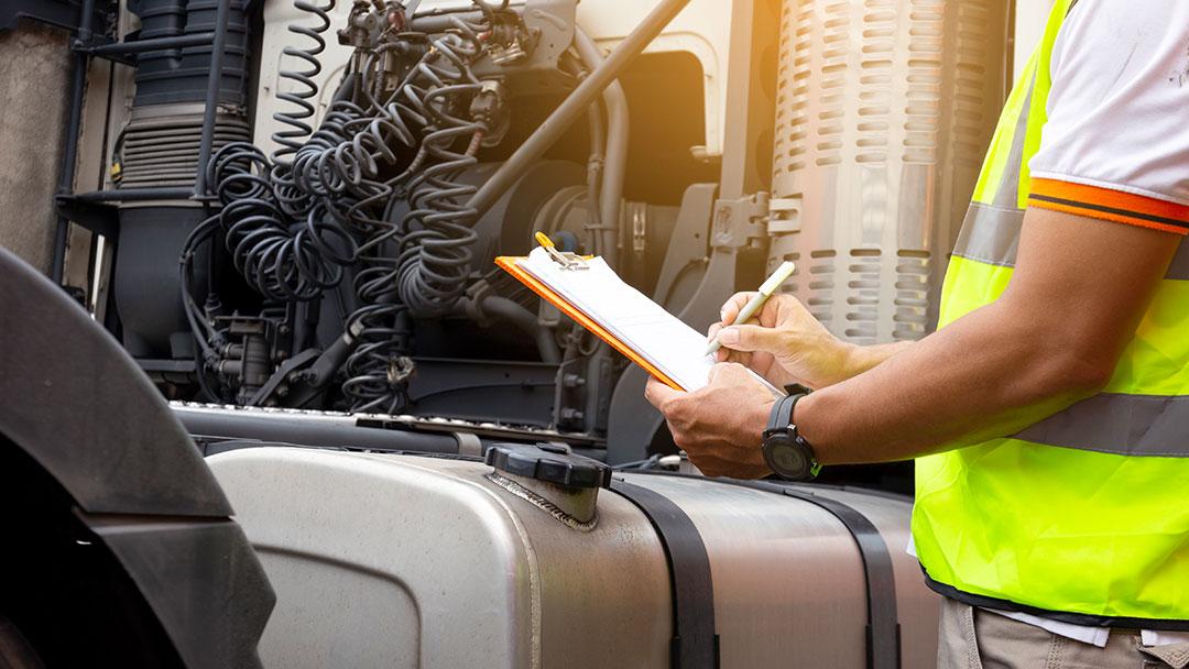Unfallverhütungsvorschriften. Tipp. UVV für Fahrzeughalter und Unternehmen –INGENIEURBÜRO GELBE + KOLLEGEN GbR